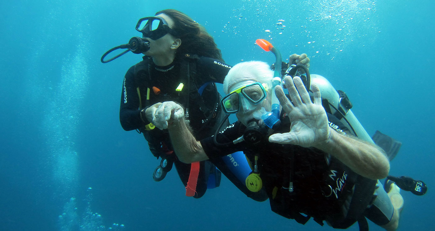 Discover Scuba with experienced Big Fish Diving Instructors