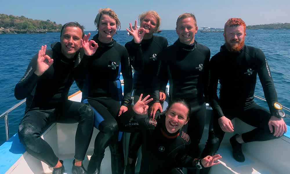 8 Reasons: PADI Advanced Open Water with Big Fish Diving