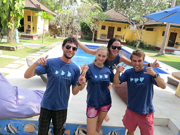 become a PADI Divemaster and a part of extreme scuba team at Big Fish Diving